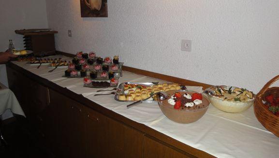 Dessertbuffet-GV-2010